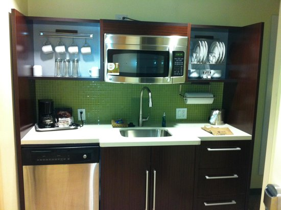 Home2 Suites by Hilton San Antonio Downtown - Riverwalk :                   Kitchen Area
