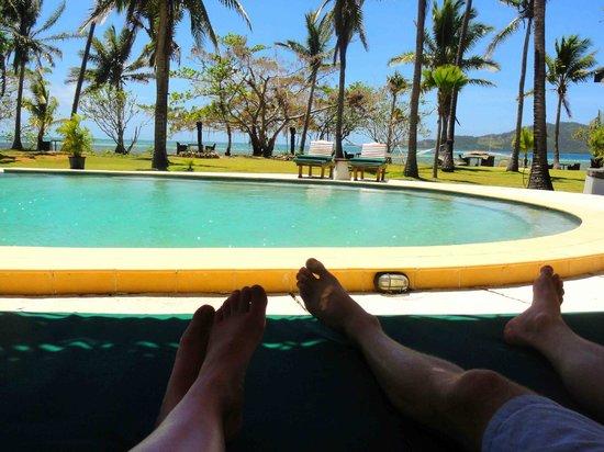 Lomani Island Resort:                                     The pool