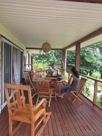 Les Cottages de Bellevue Ecolodge :                   la terrasse