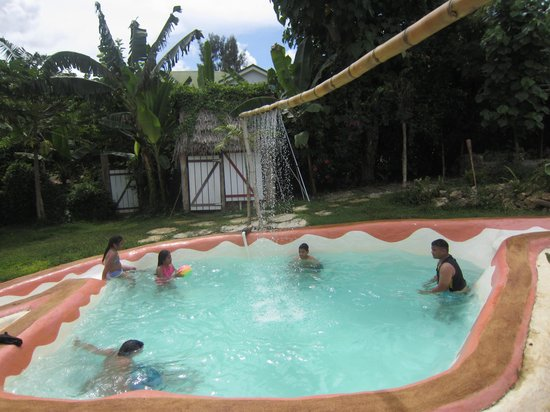 Les Cottages de Bellevue Ecolodge :                   la piscine