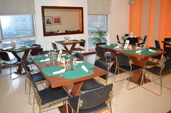 Hotel 878 Libis: Cafe 878_2