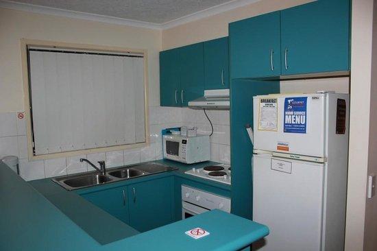 Surfers Beach Resort One:                   Kitchen
