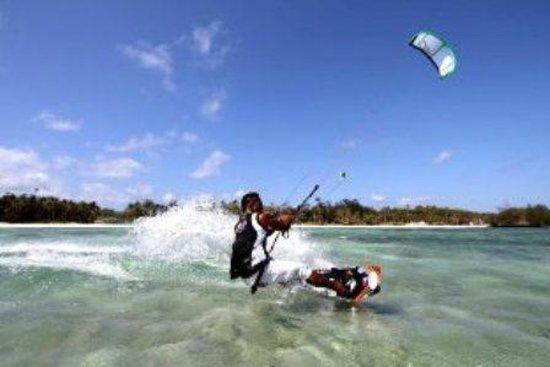 Monaco Suites de Boracay: kite boarding