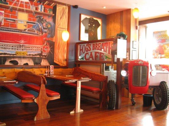 Hog's Breath Cafe: Foyer