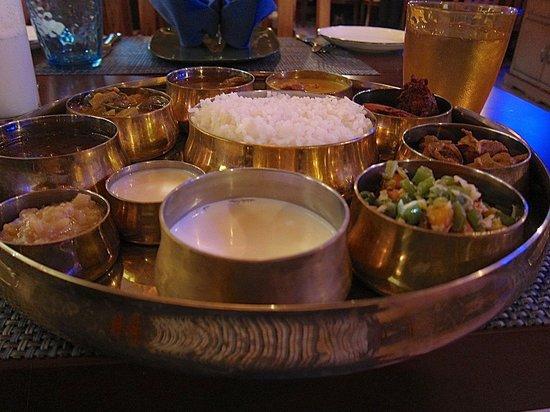 Foto de Arasappar Chettinadu Restaurant