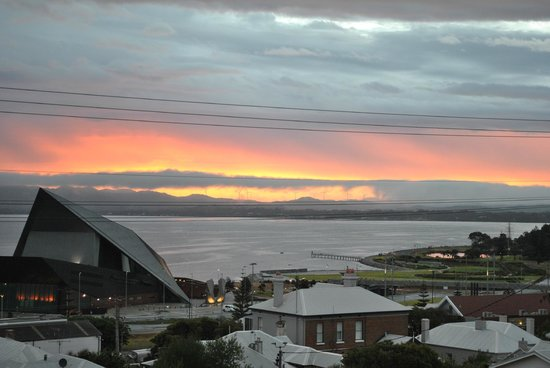 Albany Harbourside Apartments and Houses :                   view