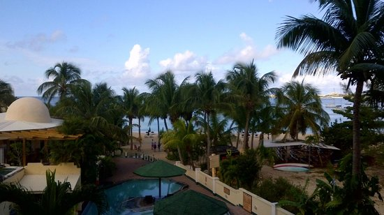 Atrium Beach Resort and Spa:                   view from 3rd floor balcony