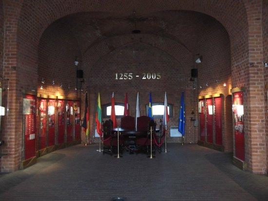 King's Gates Museum :                   В одном из залов