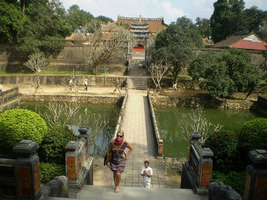 Vietnam Spirit Travel Day Tours