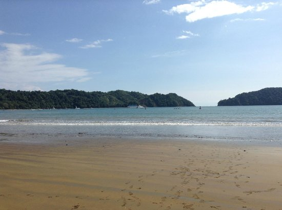 Los Suenos Marriott Ocean & Golf Resort:                                     Beach