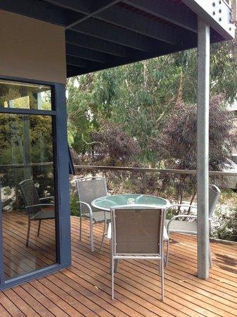 Aireys Inlet Getaway: balcony