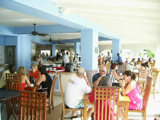 Great Bay Beach Resort, Casino & Spa :                   Buffet All Inclusive
