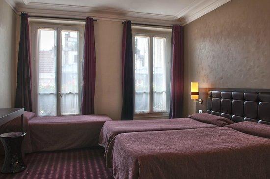 Grand Hotel Leveque : Chambre Triple