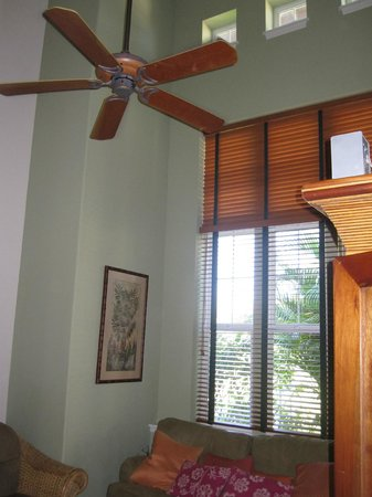 Aston Waikoloa Colony Villas:                   ceiling fan