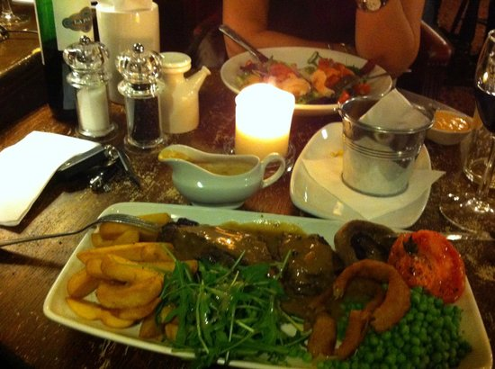 The Grosvenor: our evening meal