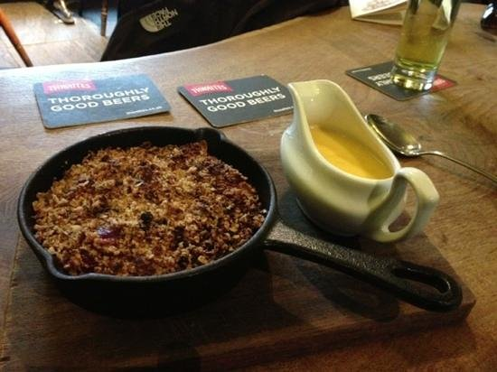 The Lister Arms: Apple Crumble