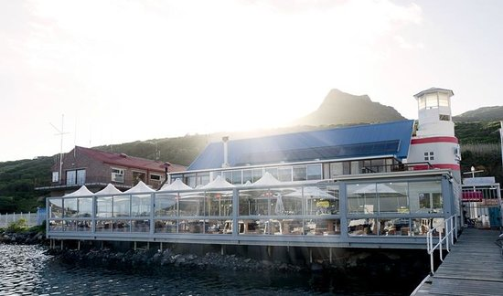 The Lookout Deck Hout Bay Restaurant, Bar & Sushi:                   The Lookout Deck