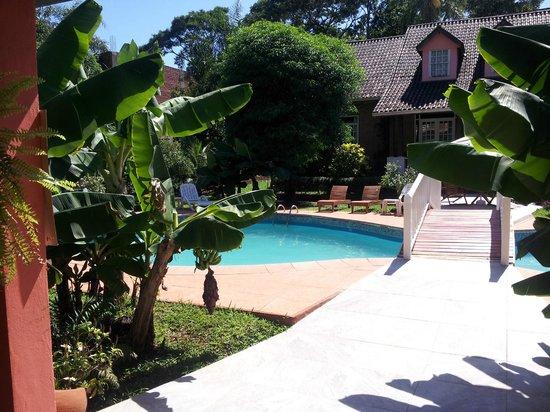 La Sorgente Hotel Posada : la piscine de l'hôtel