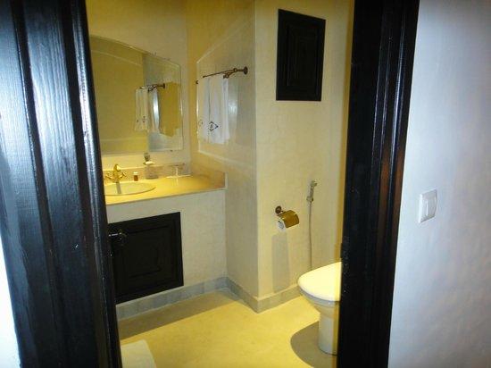 Lina Ryad & Spa :                   Bathroom