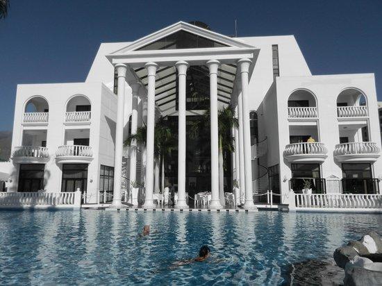 Guayarmina Princess Hotel: Stunning pool area