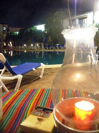 Hacienda Buenaventura Hotel & Mexican Charm All Inclusive: pool dining area