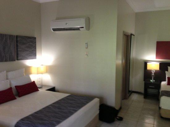 Kununurra Country Club Resort:                   Club Room