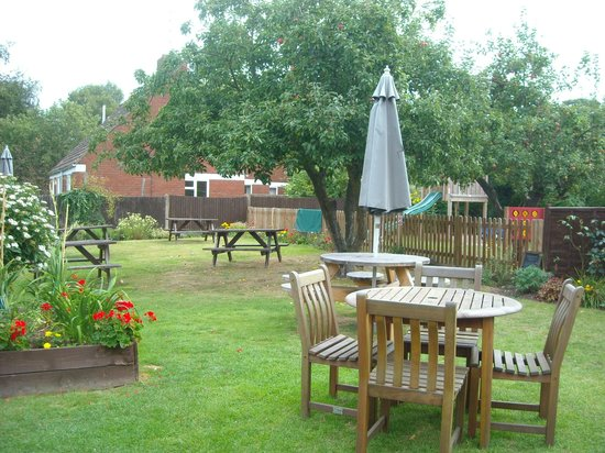 The Red Lion Inn: our garden