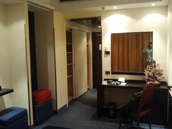 Hotel degli Imperatori:                   Doppia uso singola