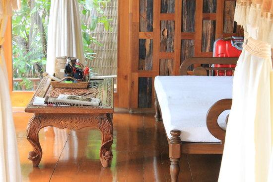 Santhiya Koh Phangan Resort & Spa: Villa Nr. 310: Wohnzimmer