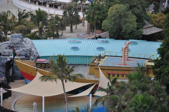 Jumeirah Beach Hotel:                   Детский клуб