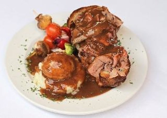 Plates Eatery & Catering Co : Roast Beef Entree