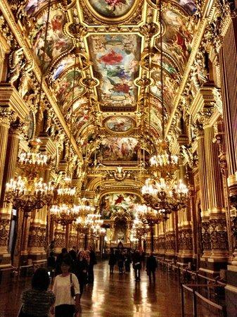 Palais Garnier - Opéra National de Paris:                   Hall