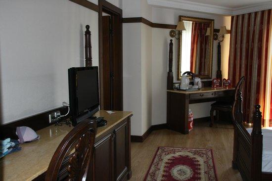 Delphin Palace Hotel:                   Chambre familiale