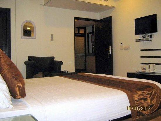 BMB: Room