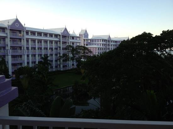 ClubHotel Riu Ocho Rios:                   view from balcony