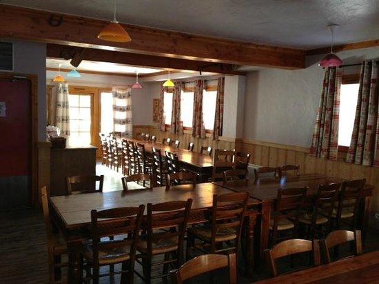 Chalet Rosset :                   Ground Floor Dining