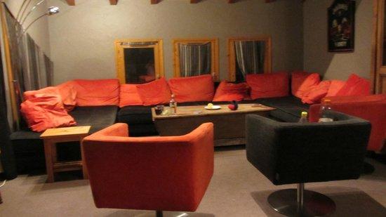 Chalet Rosset :                   3rd Floor Lounge