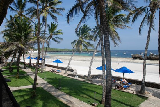 Hemingways Watamu: View from Sea view bedroom