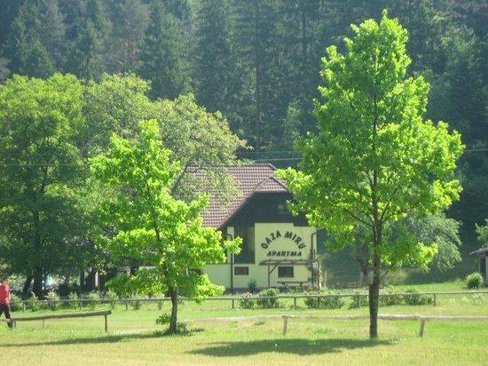 Oaza Miru: house