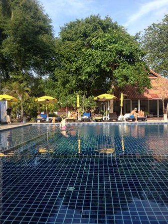 Chaweng Villa Beach Resort : Nice pool