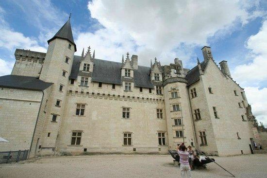 Château de Montsoreau :                   cour intérieure