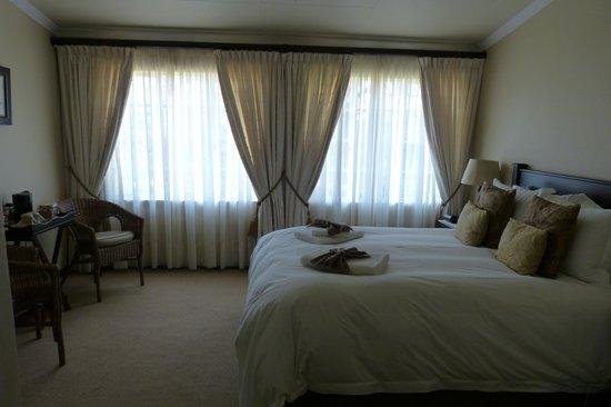 Porcupine Ridge Guest House:                                     chambre