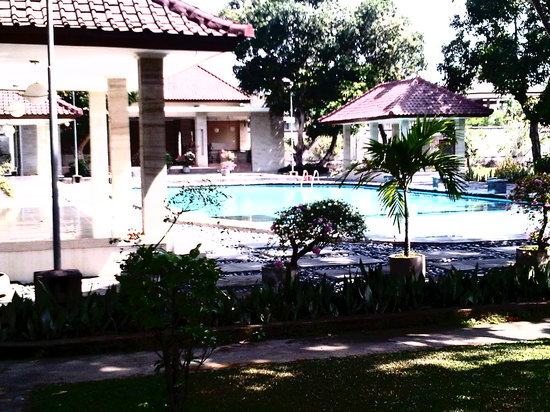 Graha Ayu Hotel:                                     best parts
