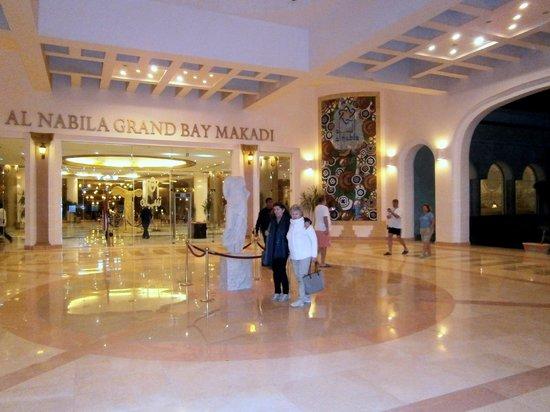 Al Nabila Grand Bay Makadi:                                                       ingresso,ricezione