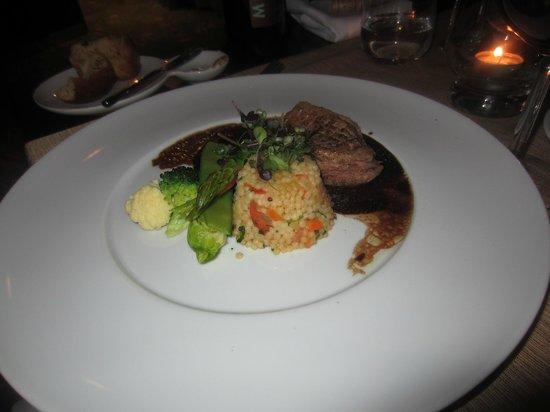 Monaco Restaurant:                   4