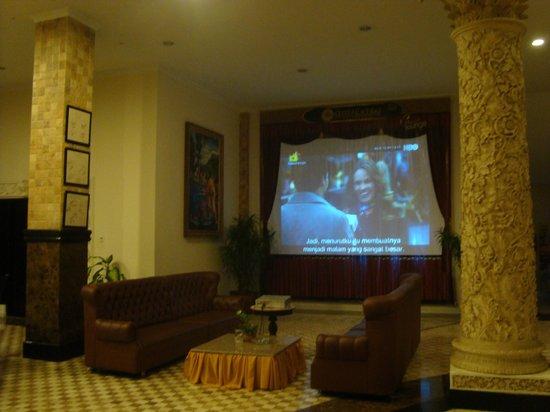 The Grand Palace Hotel Yogyakarta:                   Lantai 1