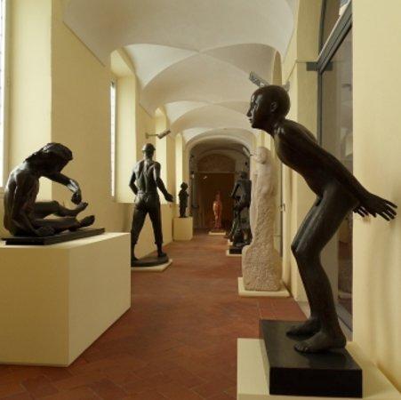 Galleria d'Arte Moderna di Roma Capitale : Sculture a Roma tra tradizione e modernità - Chiostro