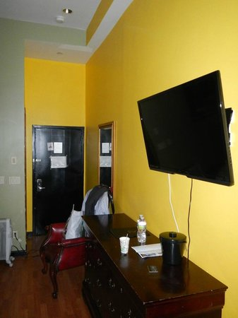 Sohotel:                   room2