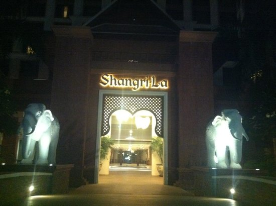 Shangri-La Hotel, Chiang Mai : ingresso