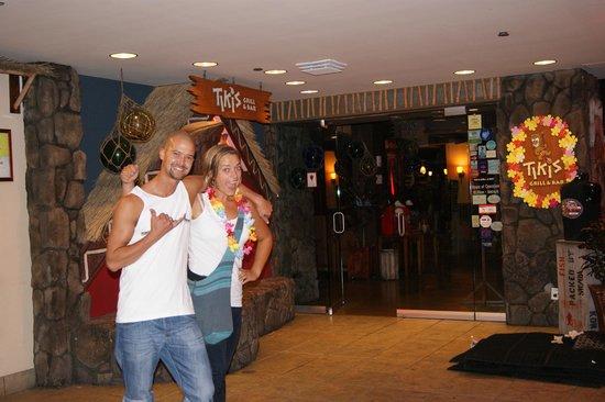 Aston Waikiki Beach Hotel: Tiki's